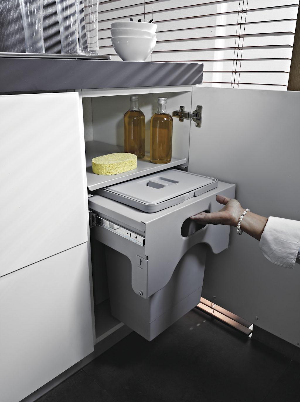 Pattumiera Estraibile Cabinet Per Base Cucina Modulo 50cm Ecologica Secchi 1x50l Planet Cucina