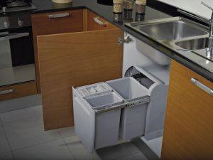 Pattumiera estraibile per base cucina ecologica secchi for Pattumiera cucina design